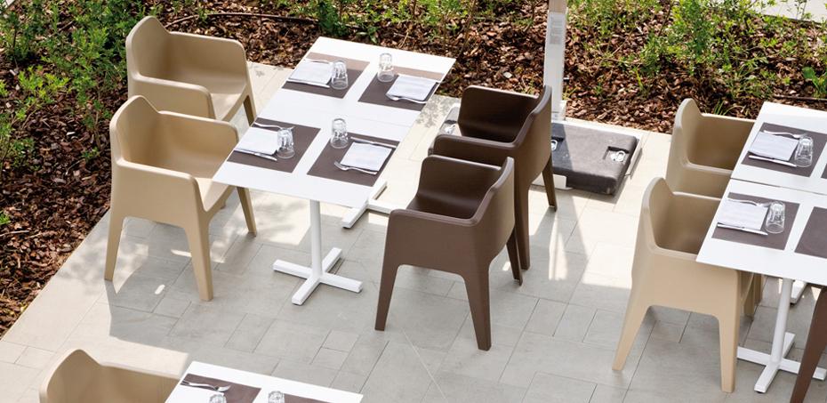 Plus sedia polipropilene di pedrali design alessandro busana for Sedie outdoor design